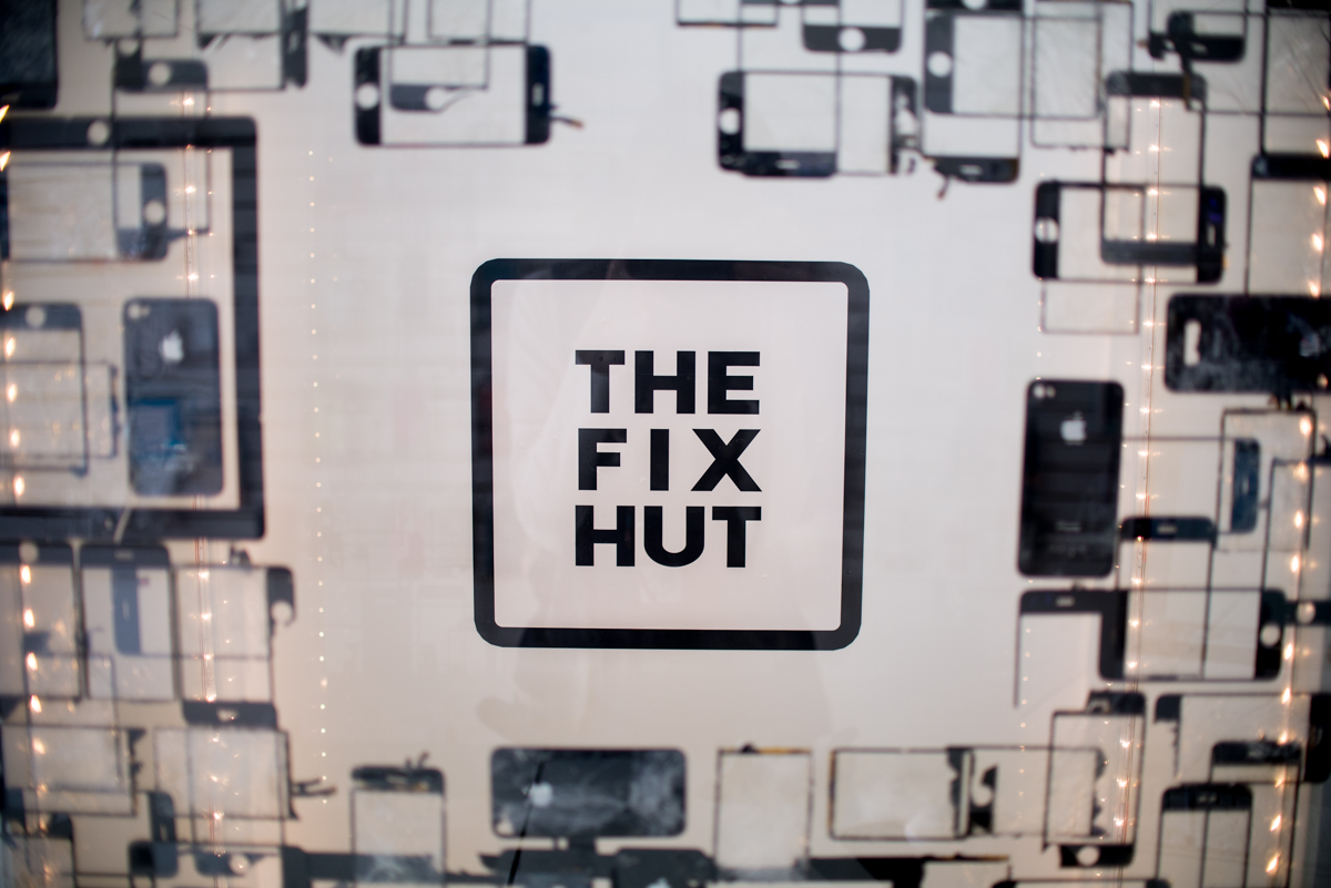 The Fix Hut Tualatin sign
